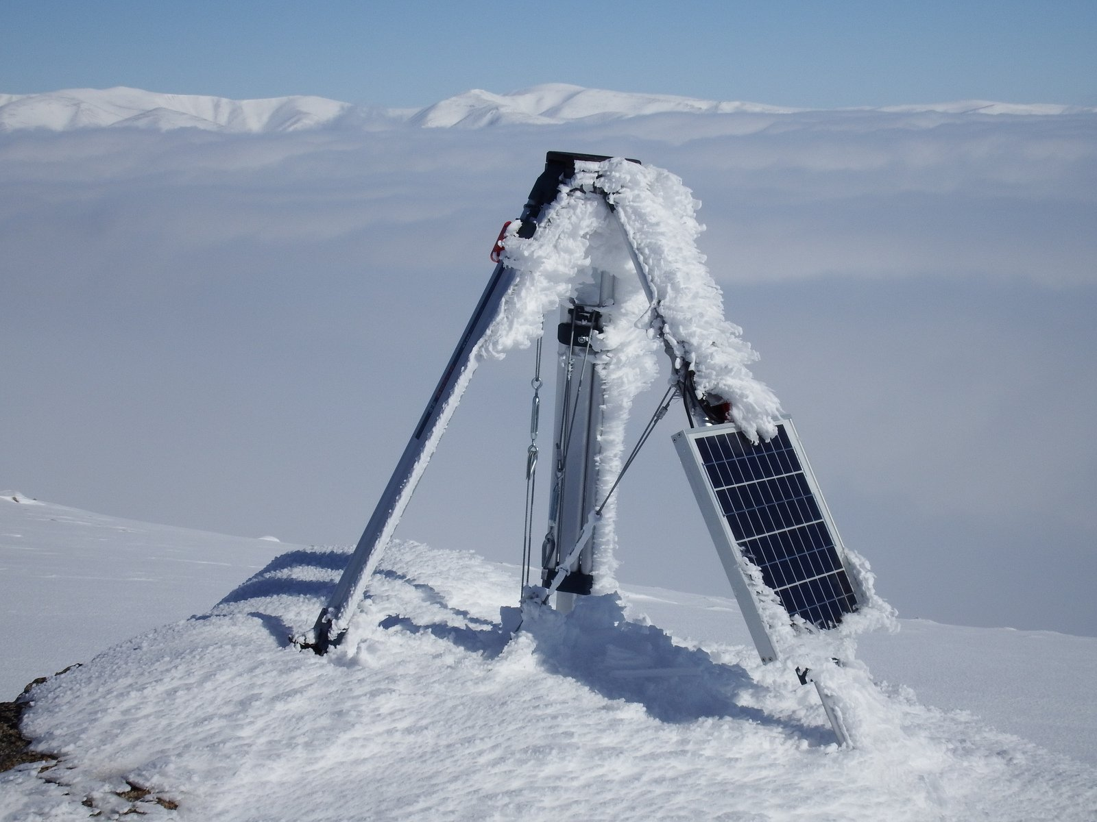 Mounting Examples Ice Monitoring Station Baffin Island